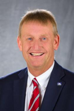 Photo of Dr. Will Snell